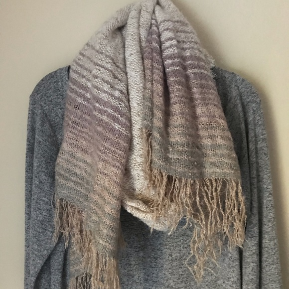 Merona Accessories - 🧣BEAUTIFUL FALL/WINTER SCARF 🧣